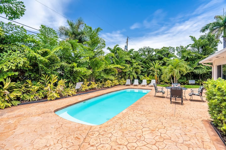 Casa Casino 7/6 For 19 Heated Pool 1 Mile to Beach