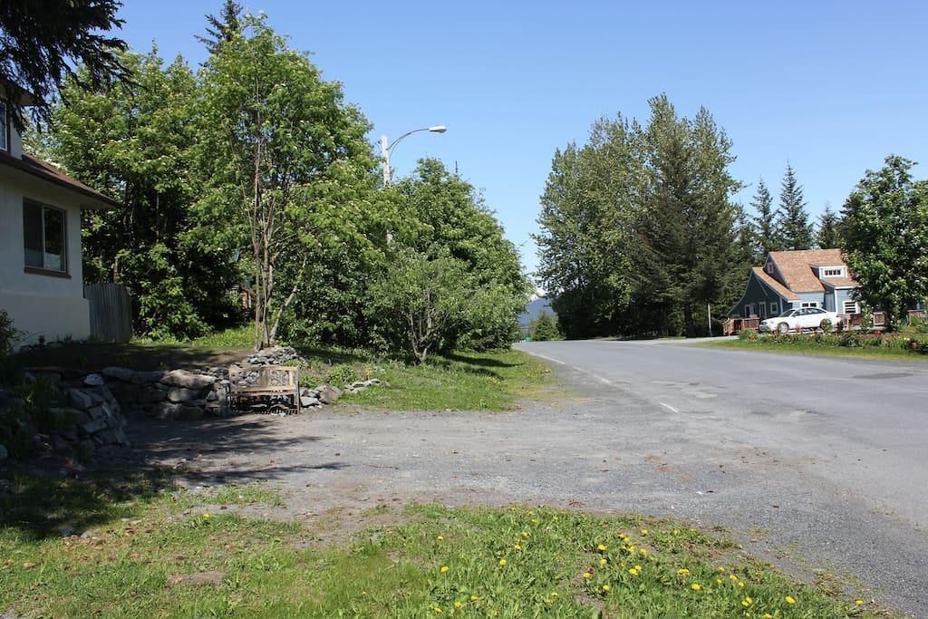 Neighborhood - north side