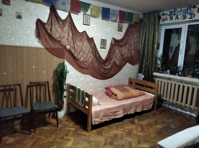 Комната возле метро Дружбы Народов