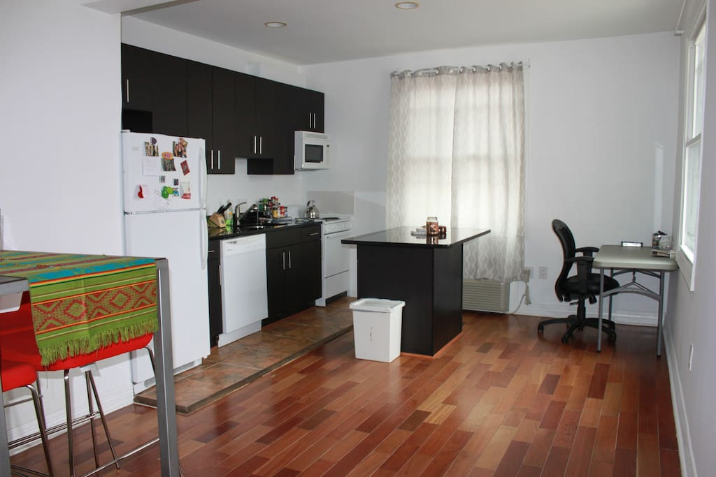 Charming 1 Bedroom Apartment Apartments For Rent In Washington District Of