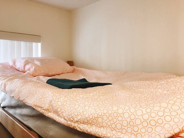 Cozy Bed By Metro Subway - Los Angeles - Appartement