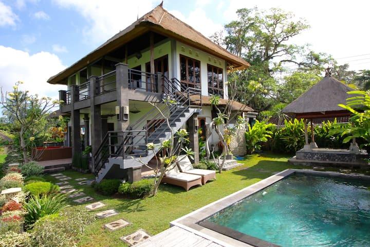 Villa avec piscine de 3,5 X 6 m Progressive de 100 à 160 cm