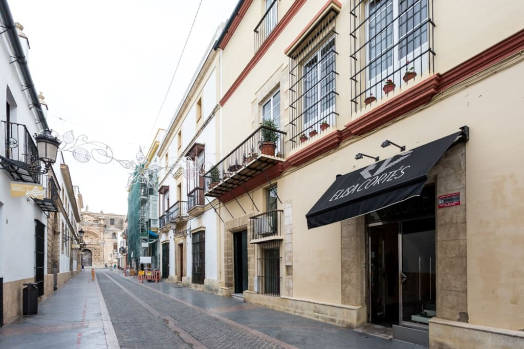 761 apartament with wi fi in the old city flats for - Taxi puerto de santa maria ...