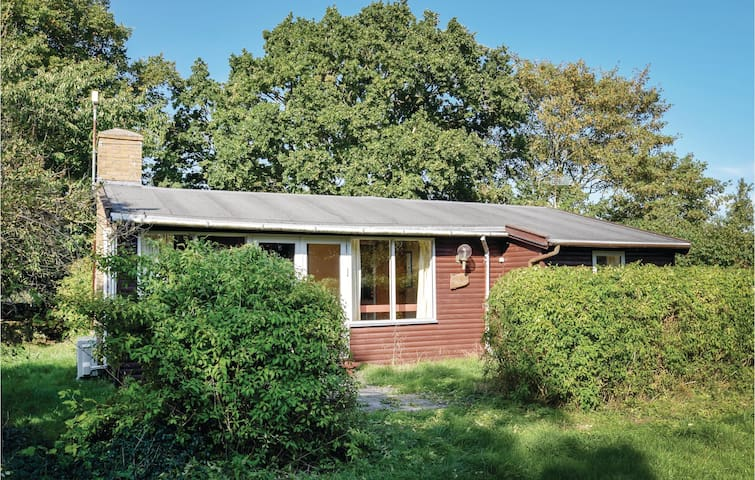 Holiday cottage with 2 bedrooms on 70m² in Humble