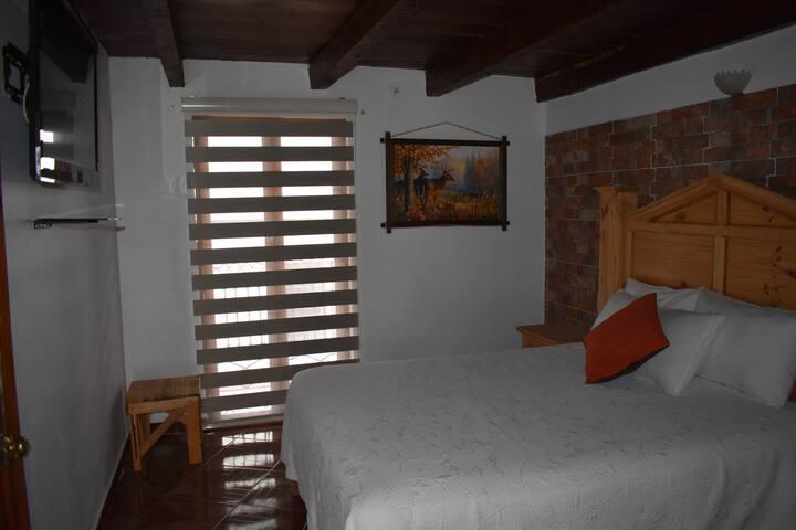 Comoda y bonita habitacion Real Carretero