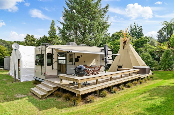 LAKE TARAWERA GLAMPING ACCOMMODATION