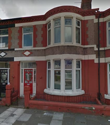 3 Bedroom House heart of Liverpool