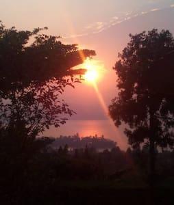 Cyangugu , site merveilleux pour de bonne vacances