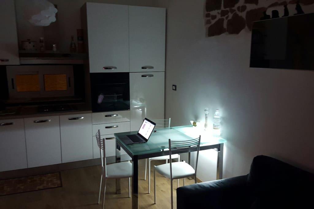 Cucina abitabile luce ambient