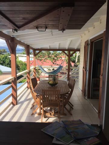 Agréable F4 Haut de villa au cœur de la Guadeloupe