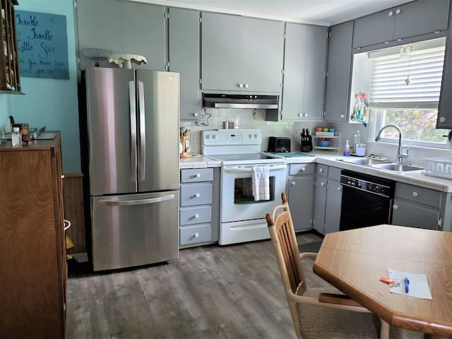 One bedroom apartment on ground level in Caseville