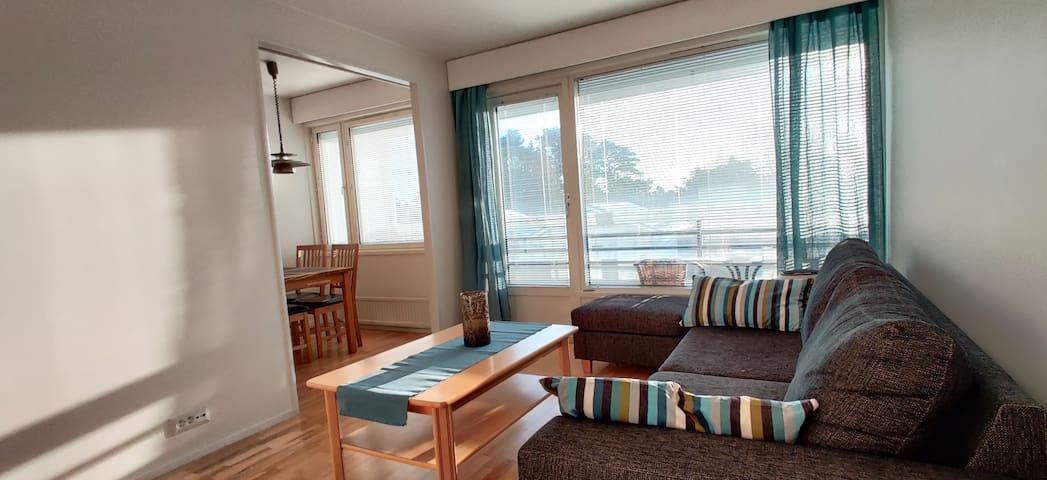 Mysig tvåa med balkong i söderläge i Mariehamn