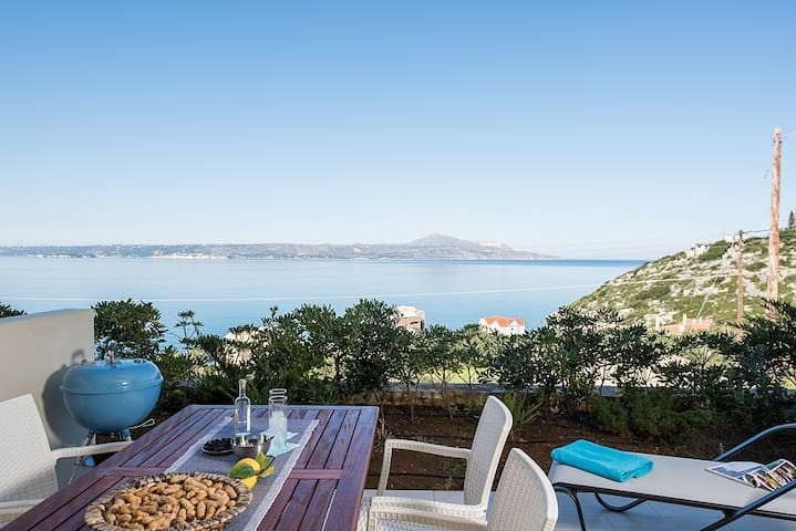 Beautiful 2- bedr. homes by the sea - Chania - Apartment