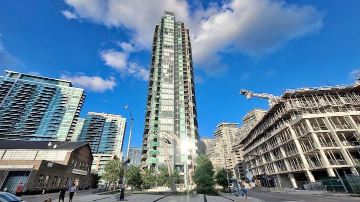 Liberty  Village Lake View Condo  Downtown Toronto