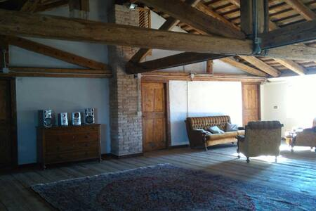 Farmhouse Accomodation *20min to Venice* - Mirano - Rumah