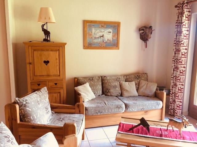 Appartement style chalet entre lac et montagnes
