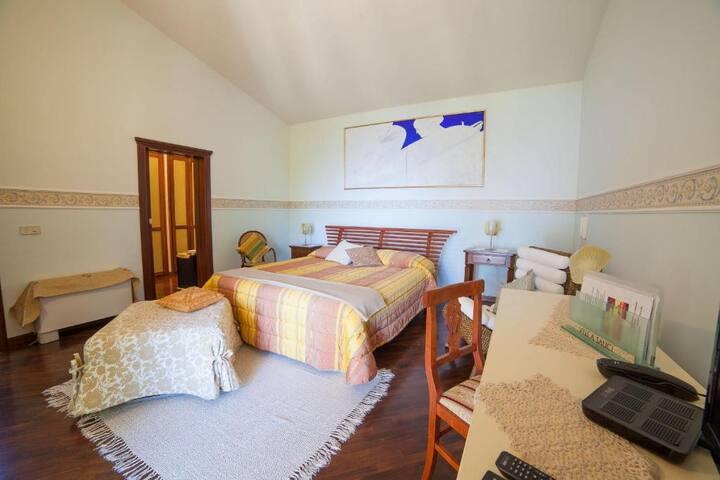 Hotel Villa Sauci..San Vito Lo Capo..Camera Matrimoniale Superior Vista Mare con balconcino