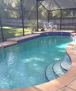Pool Home-Disney/Universal/Outlets - Orlando