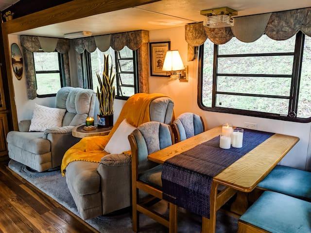 Cozy Camper at Rustic Acres