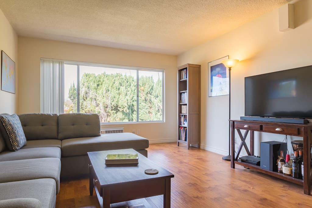 Lovely 1 Bedroom In Culver City Apartments For Rent In Los Angeles California United States