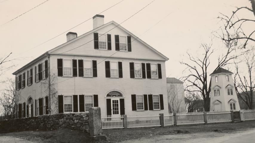 Historic picture of the Samuel Church Estate