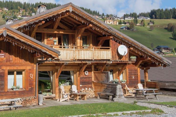 Sfeervol appartement in Rhône Alpes nabij de skipistes