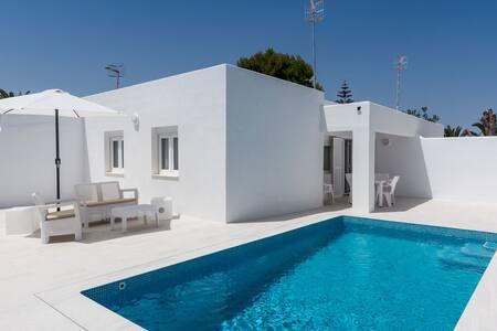 Villa Moderna con piscina y playa Ciutadella, 1 - Ciutadella de Menorca