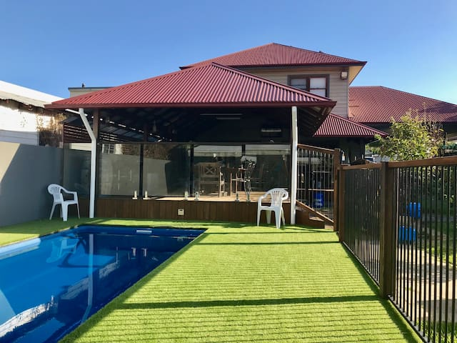 Room in Merewether