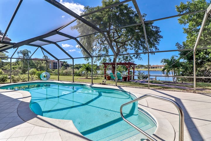 Beautiful LakeView Home & minutes to Best Beaches