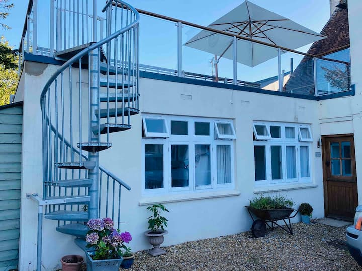Beautiful Self Contained Annexe