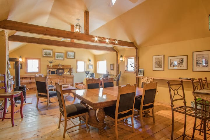 Beautiful Minturn Apartment. Minutes to Vail. - Minturn - Byt