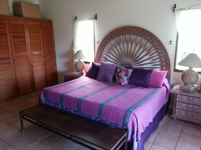 Casa Pacifica B&B - Orchid Room - Chacala - Bed & Breakfast