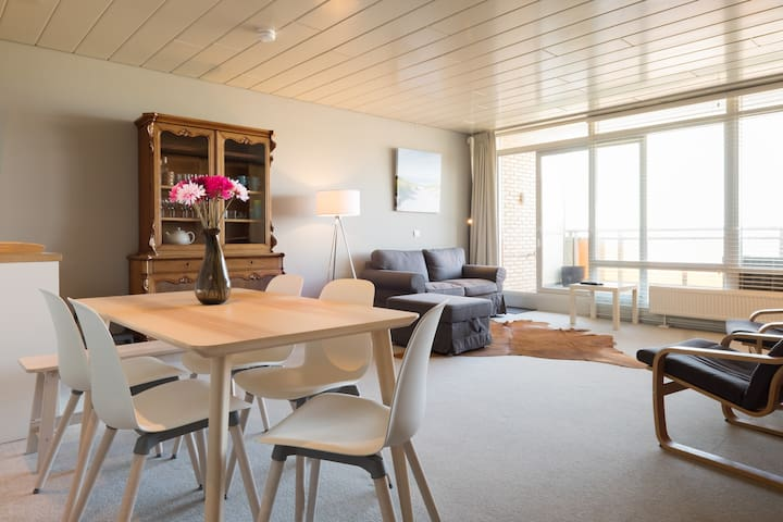 Comfortable apartment with sea view! - Noordwijk - アパート