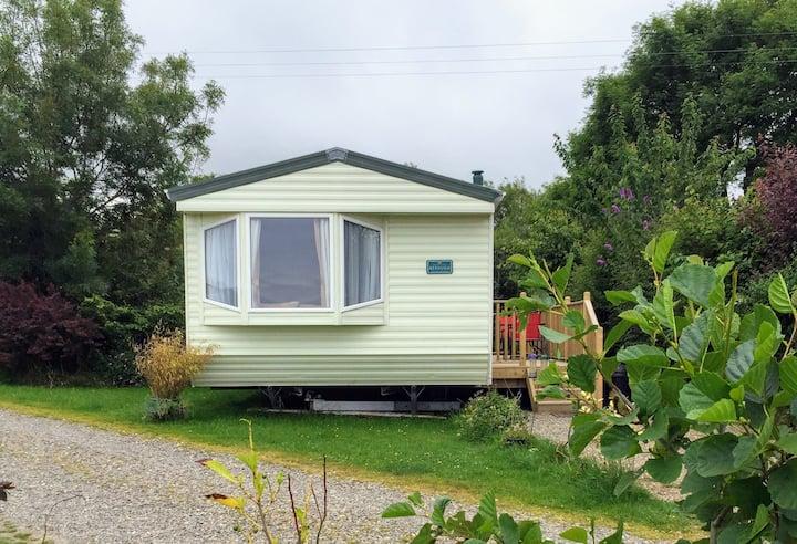 Modern, pet friendly caravan with sea views