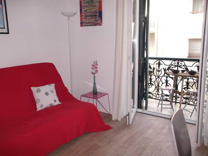 Agreable T2 plein centre Biarritz