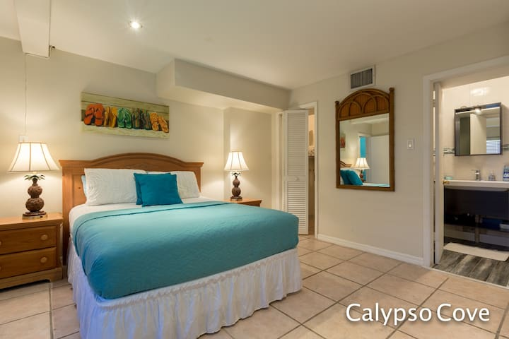 Calypso Cove #3 ( Bismark Palm)