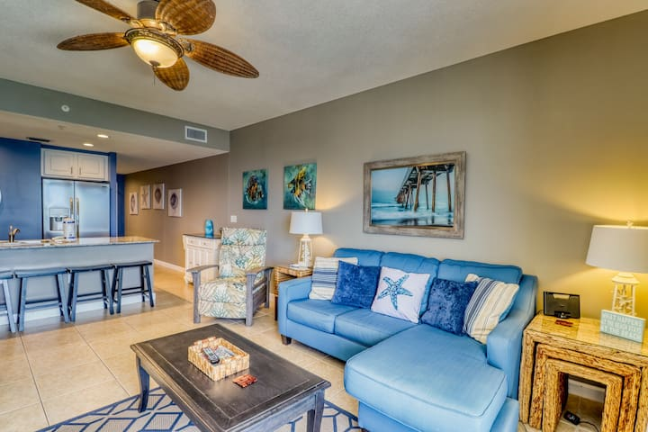 Incredible Gulf & pier views from this condo! Beach access, a shared pool, & gym