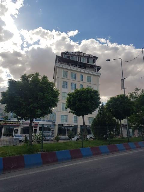 فندق كوماجين إيز