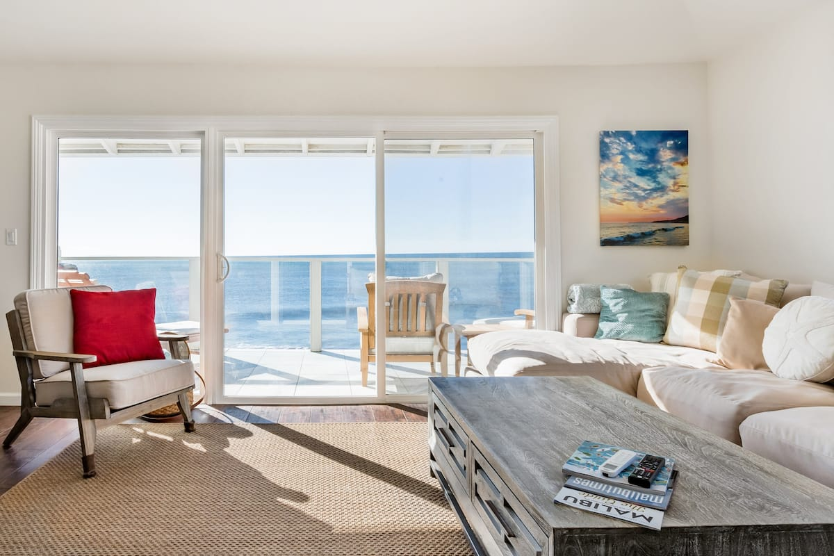 Premium Sunset Penthouse Ocean Front in Malibu