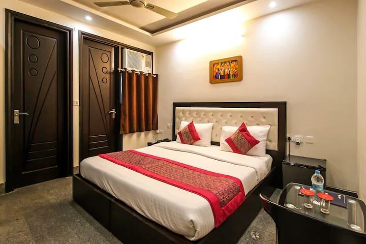 NStay Premier Hotel - Sector 31 Gurgaon