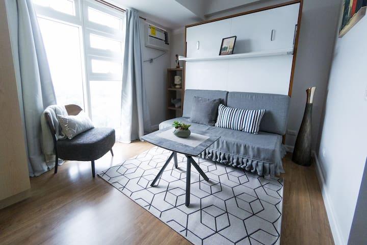 Cozy Modern Studio in the Heart of Cebu City +Wifi