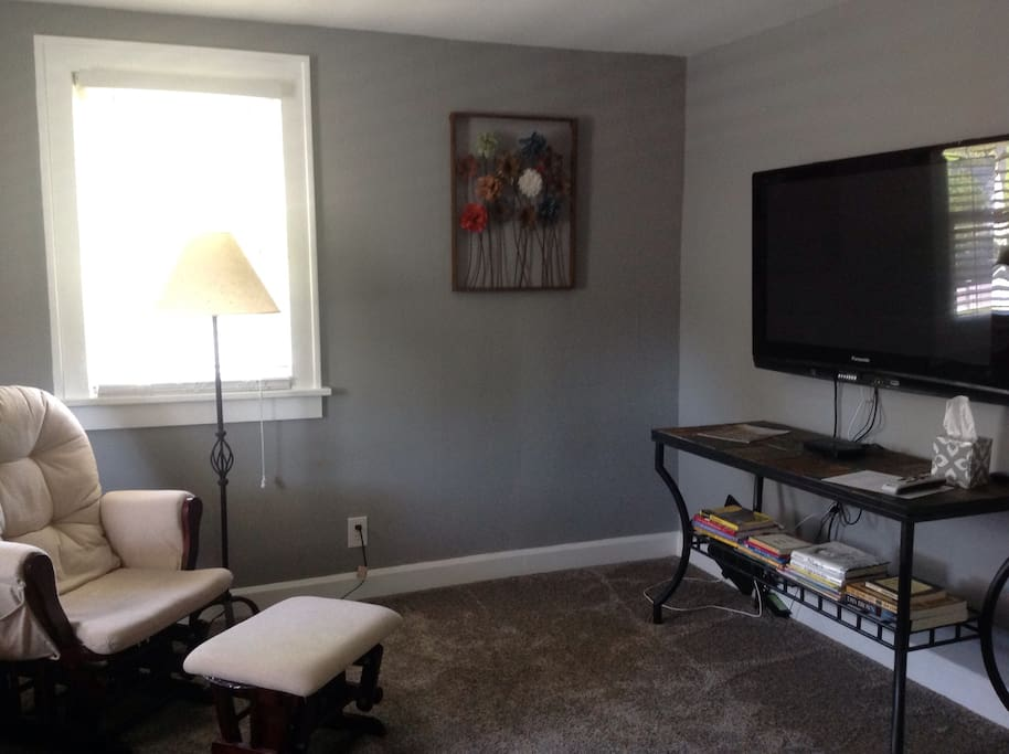 A Suite On 8th Street Guest Suites For Rent In Anderson