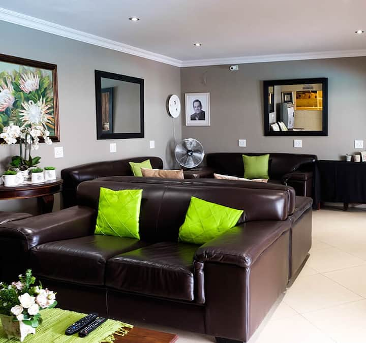1 Bedroom Self Catering Unit