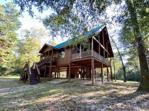 "The Creekside Cabin Retreat #2  ""The Lodge"""