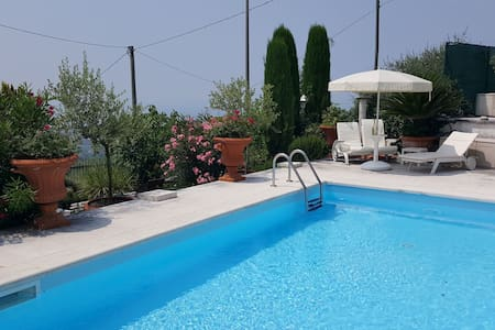 Lux. apartment with private pool - Bardolino