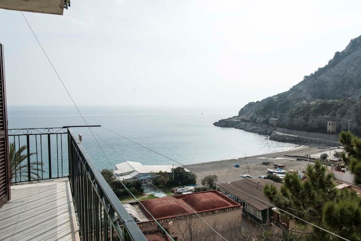 Bay view ~ 2 bedroom apartment - Erchie - Flat