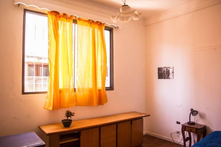 Habitación luminosa en Abasto/Almagro - Buenos Aires - Huis