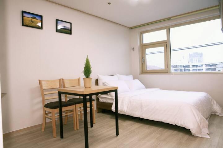 공항10분거리 고급주거지역.아늑하고 포근한숙소 - Nohyeong-dong, Jeju-si - Apartamento