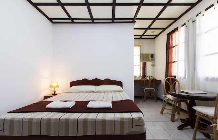 2 Double Rooms - Puerto Princesa - Bed & Breakfast