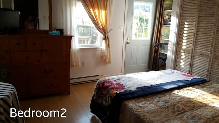 Cozy, Bright,Bedroom2